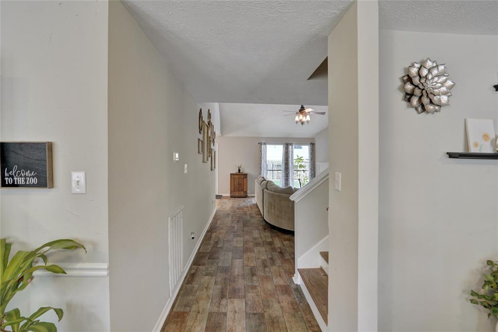 Pending   22631 August Leaf  Drive Tomball, TX 77375 4
