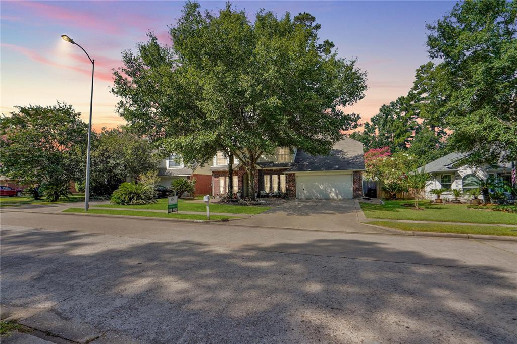 Pending   22631 August Leaf  Drive Tomball, TX 77375 46