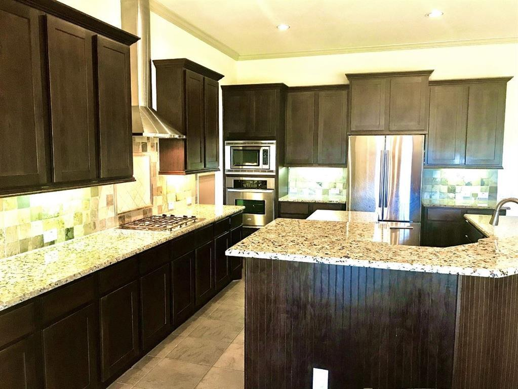 Pending | 20902 Warwickshire  Drive Tomball, TX 77375 13
