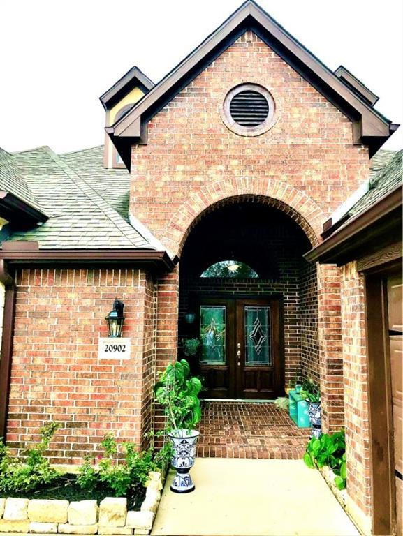 Pending | 20902 Warwickshire  Drive Tomball, TX 77375 3