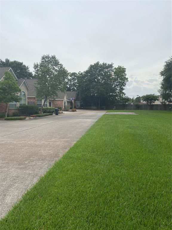 Active   10735 Norchester Village  Drive Houston, TX 77070 4