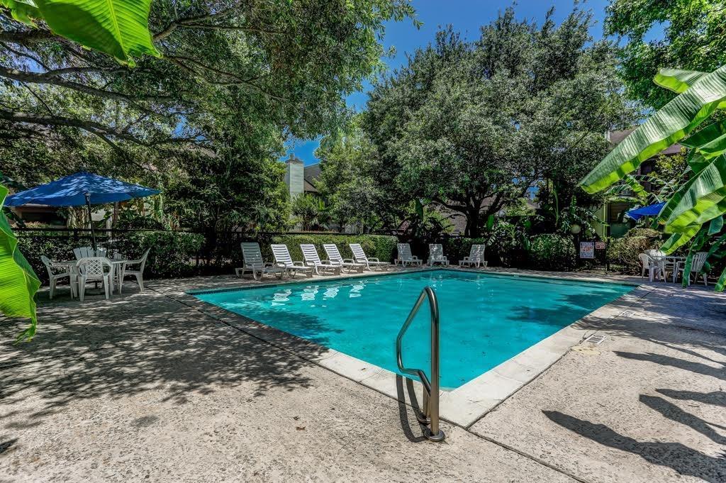 Active | 10047 Westpark  Drive #9 Houston, TX 77042 25