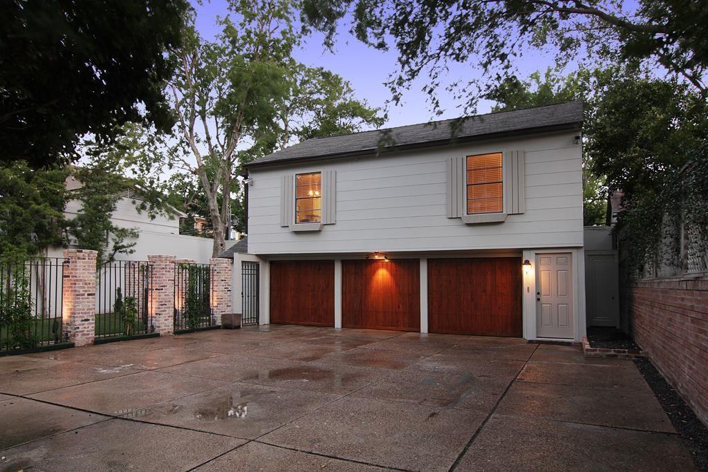 Active | 2015 South  Boulevard #3 Houston, TX 77098 3