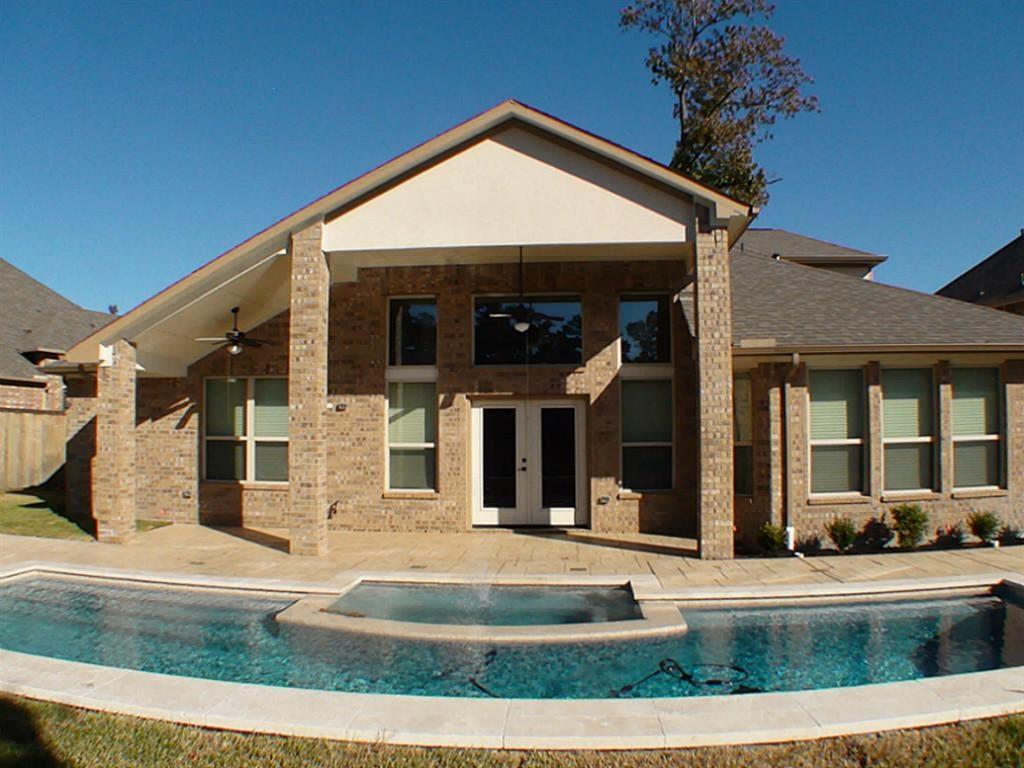 Active   43 Tioga  Place Tomball, TX 77375 0