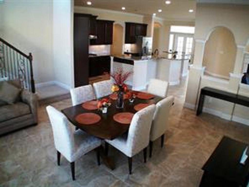 Active   43 Tioga  Place Tomball, TX 77375 16