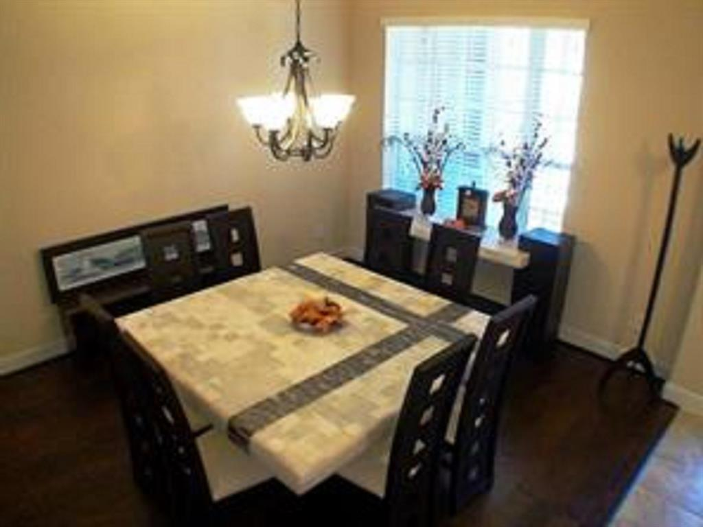 Active   43 Tioga  Place Tomball, TX 77375 6