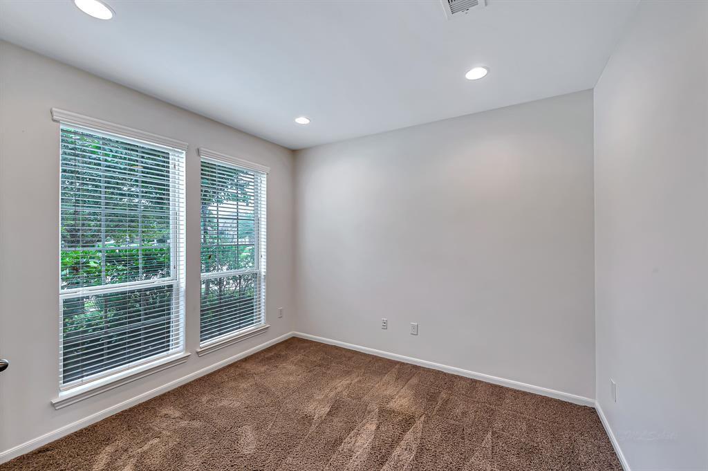 Option Pending   26422 Knobby Pines  Drive Katy, TX 77494 12