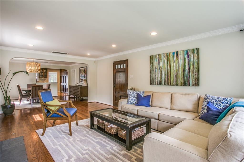 Sold Property | 6809 Southridge Drive Dallas, Texas 75214 3