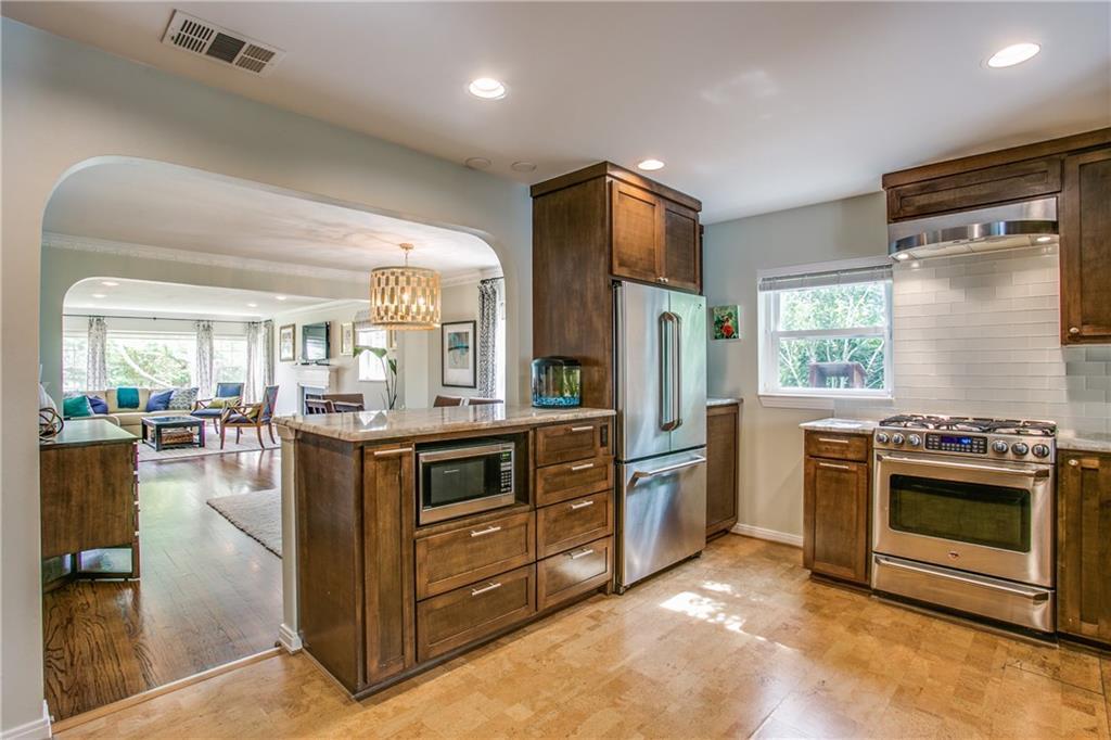 Sold Property | 6809 Southridge Drive Dallas, Texas 75214 6