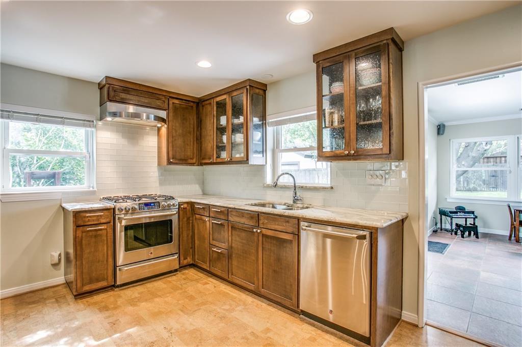 Sold Property | 6809 Southridge Drive Dallas, Texas 75214 7