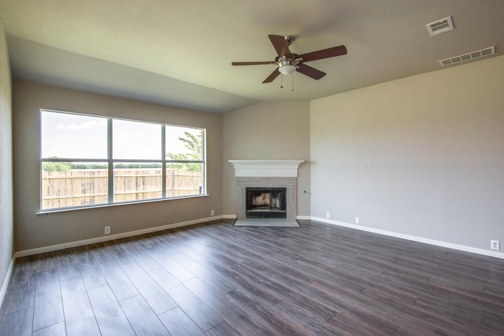 Sold Property | 8536 Minturn Drive Fort Worth, Texas 76131 5