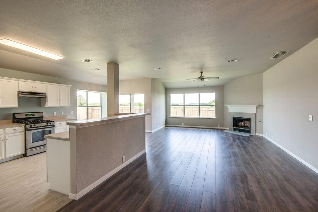 Sold Property | 8536 Minturn Drive Fort Worth, Texas 76131 8