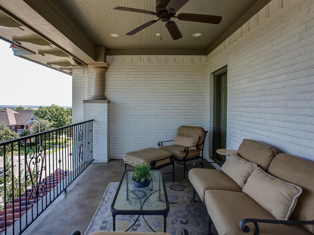 Active | 3757 W 5th  Street Fort Worth, TX 76107 32