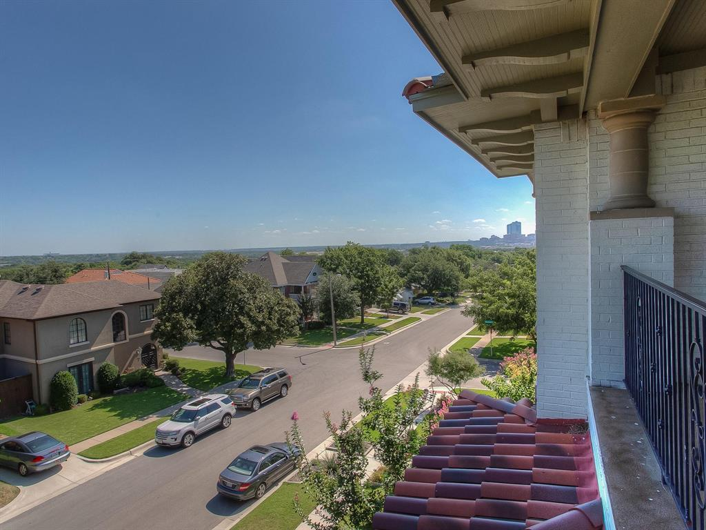 Active | 3757 W 5th  Street Fort Worth, TX 76107 33