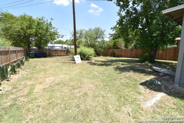 Pending | 947 W ROSEWOOD AVE San Antonio, TX 78201 20