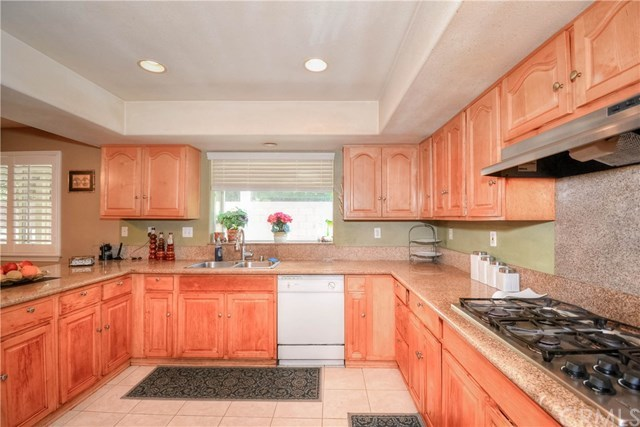 Closed | 4803 Dorina  Court Chino, CA 91710 14