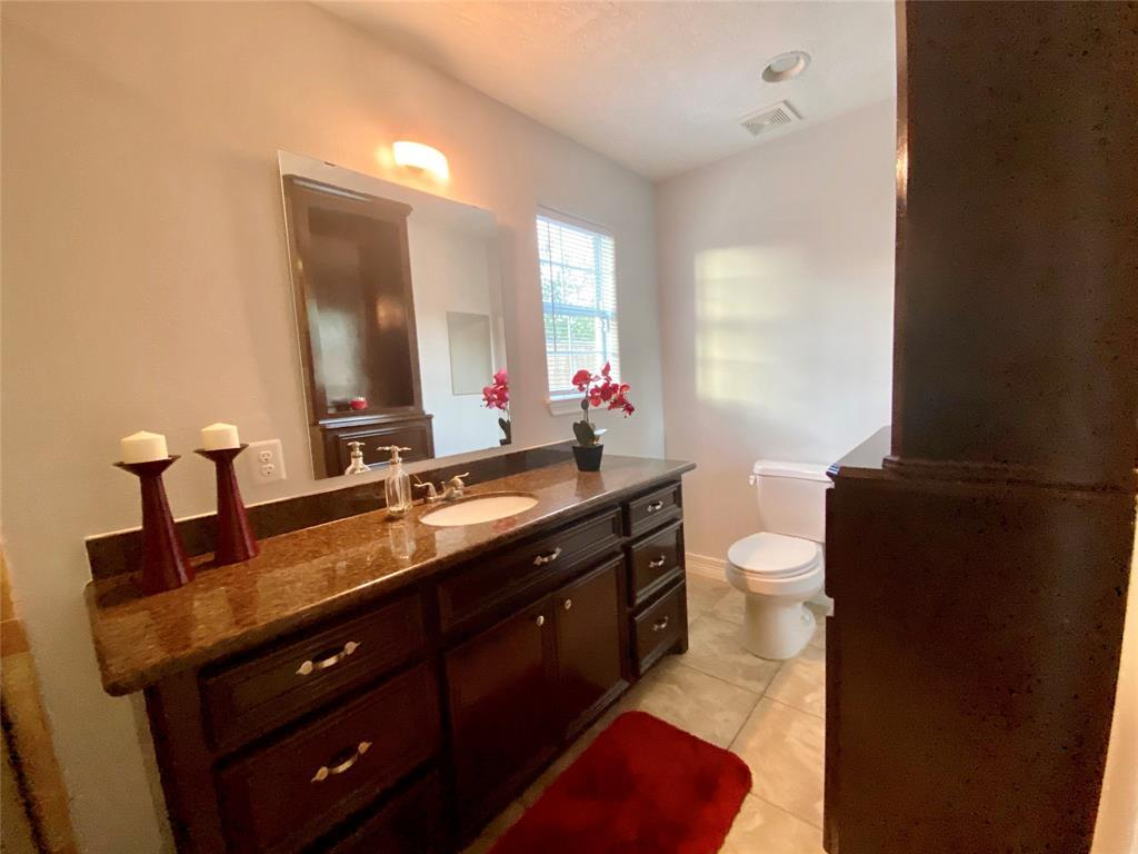 Active | 2610 Lower Valley  Drive Houston, TX 77067 11