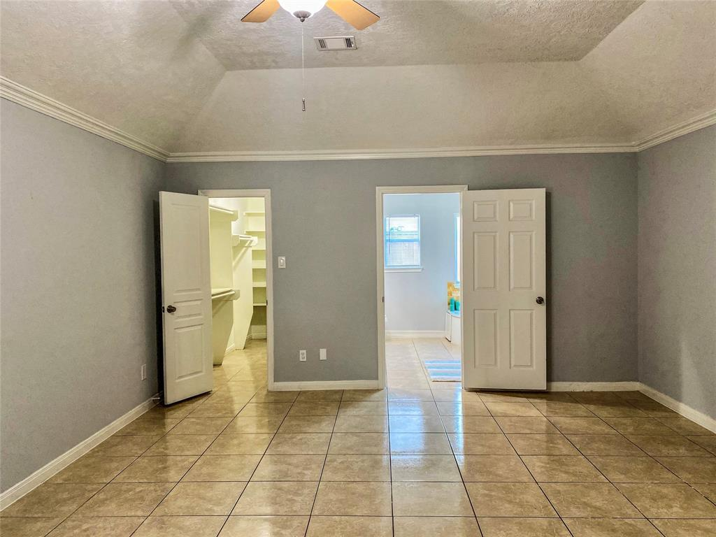 Active | 2610 Lower Valley  Drive Houston, TX 77067 13