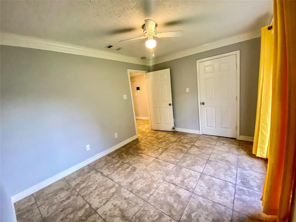 Active | 2610 Lower Valley  Drive Houston, TX 77067 14