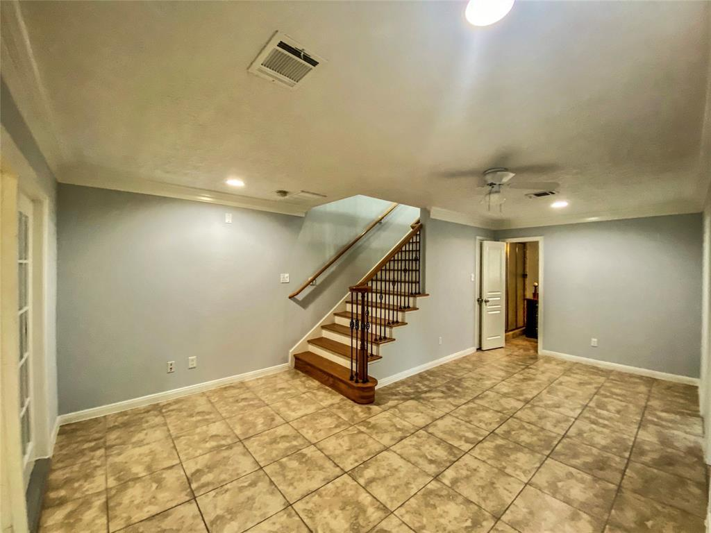 Active | 2610 Lower Valley  Drive Houston, TX 77067 18