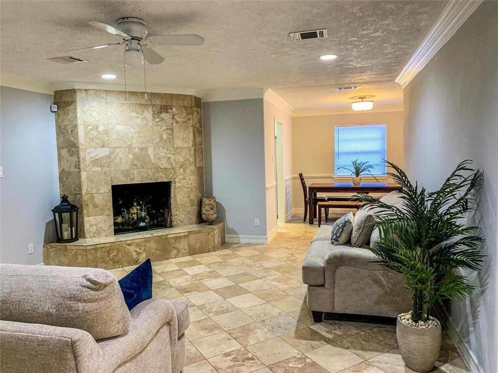 Active | 2610 Lower Valley  Drive Houston, TX 77067 3