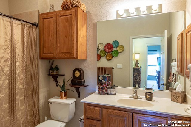 Active Option   20 TAPATIO DR   #311 Boerne, TX 78006 7