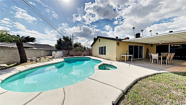Closed | 9418 Tweedy Lane Downey, CA 90240 14