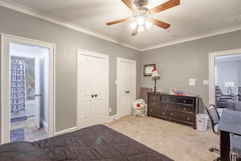 Temp Off Market   5231 Mission  Avenue Dallas, TX 75206 32