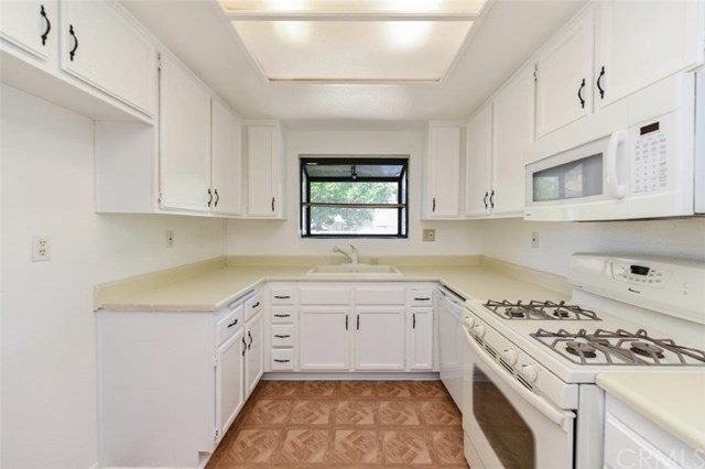 Active Under Contract   11936 Ottawa  Place #87 Chino, CA 91710 11