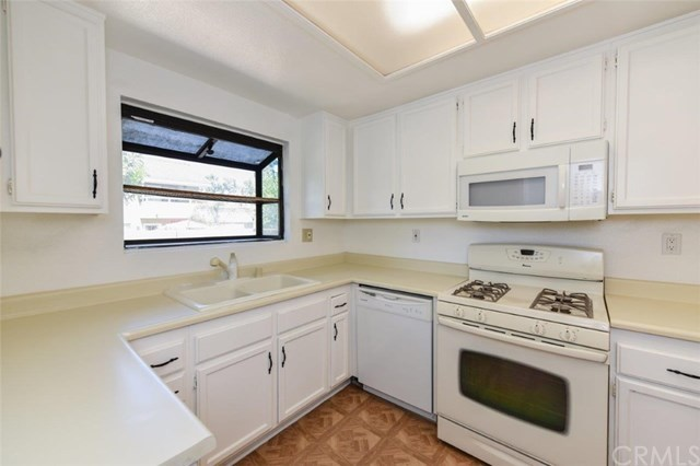 Active Under Contract   11936 Ottawa  Place #87 Chino, CA 91710 12