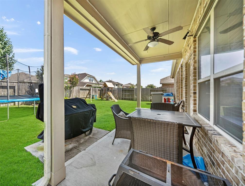 Pending | 8522 Brinklow Point  Drive Cypress, TX 77433 40