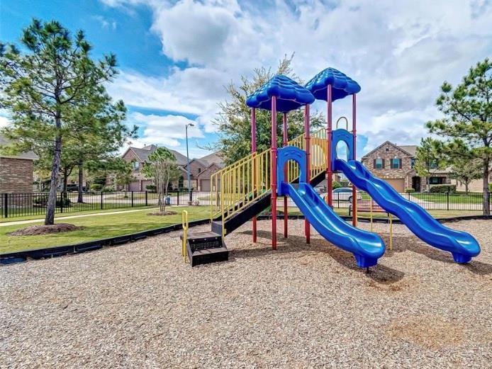 Pending | 8522 Brinklow Point  Drive Cypress, TX 77433 45