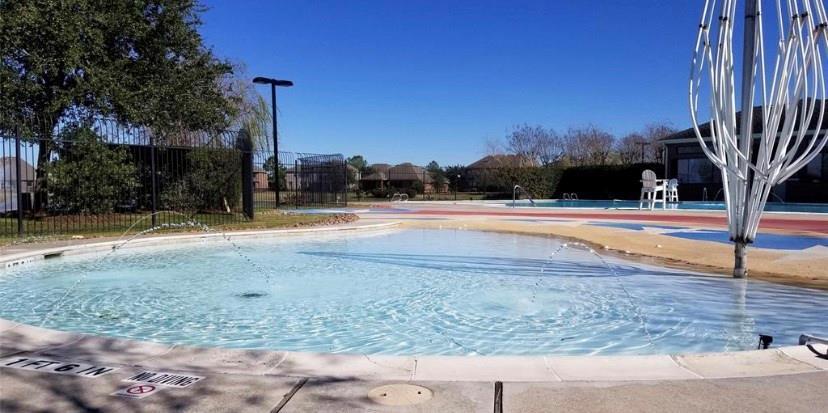 Pending | 8522 Brinklow Point  Drive Cypress, TX 77433 47