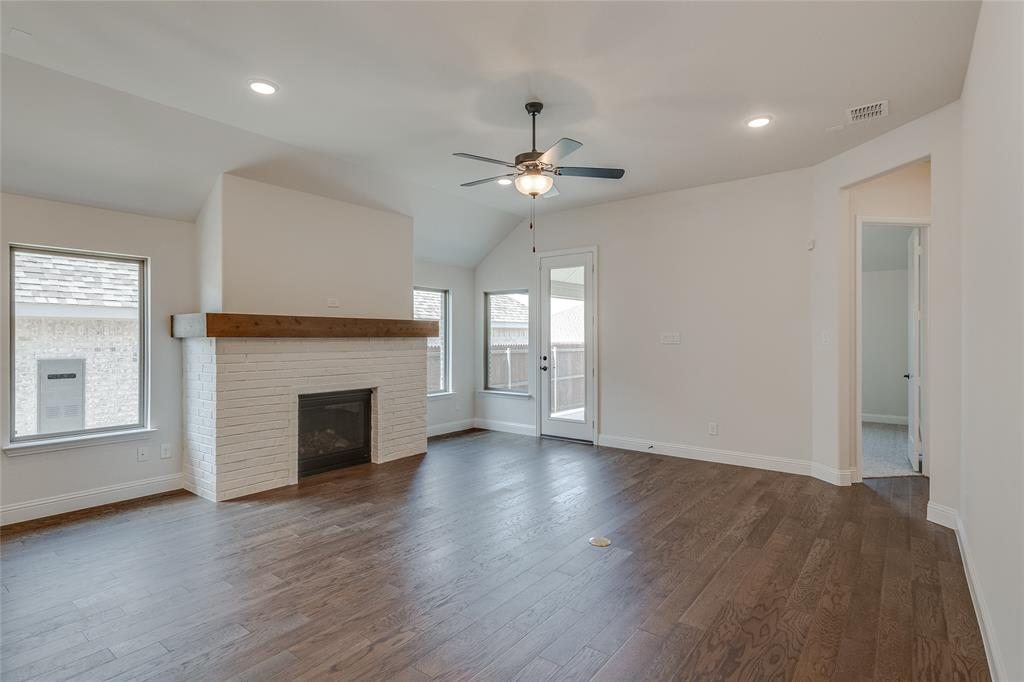 Active | 14304 Spitfire  Trail Fort Worth, TX 76262 15