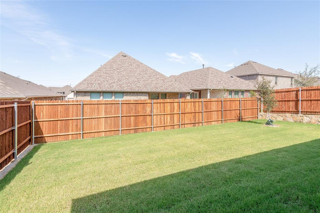 Active | 14304 Spitfire  Trail Fort Worth, TX 76262 29