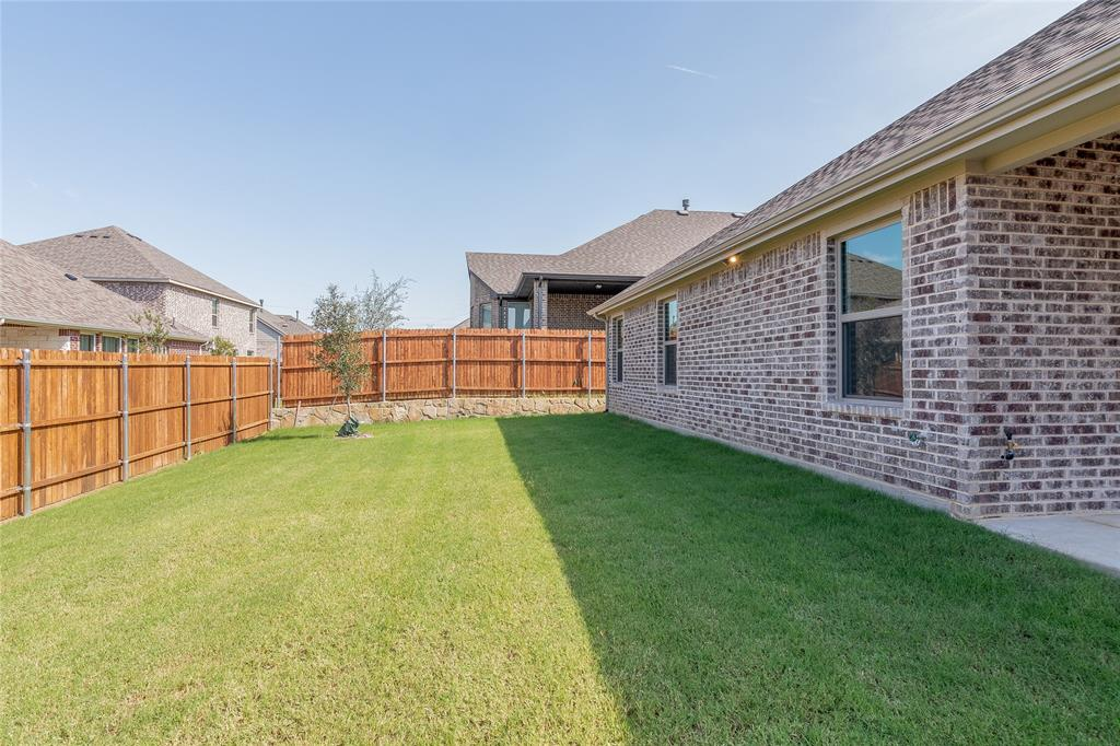 Active | 14304 Spitfire  Trail Fort Worth, TX 76262 30