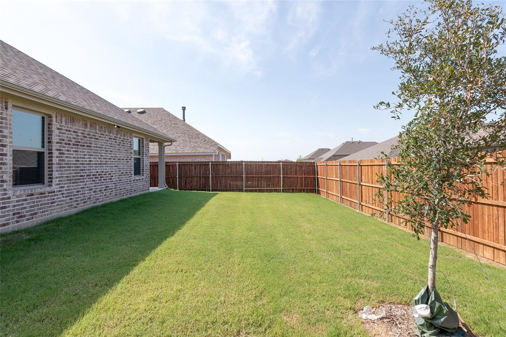Active | 14304 Spitfire  Trail Fort Worth, TX 76262 32