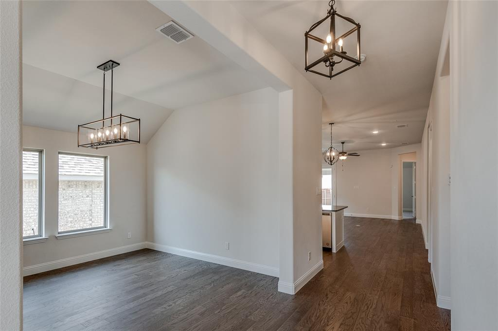 Active | 14304 Spitfire  Trail Fort Worth, TX 76262 6