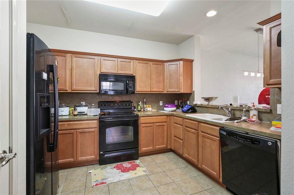 Housed Real Estate | 2218 Canterbury Park  Drive Grand Prairie, TX 75050 18