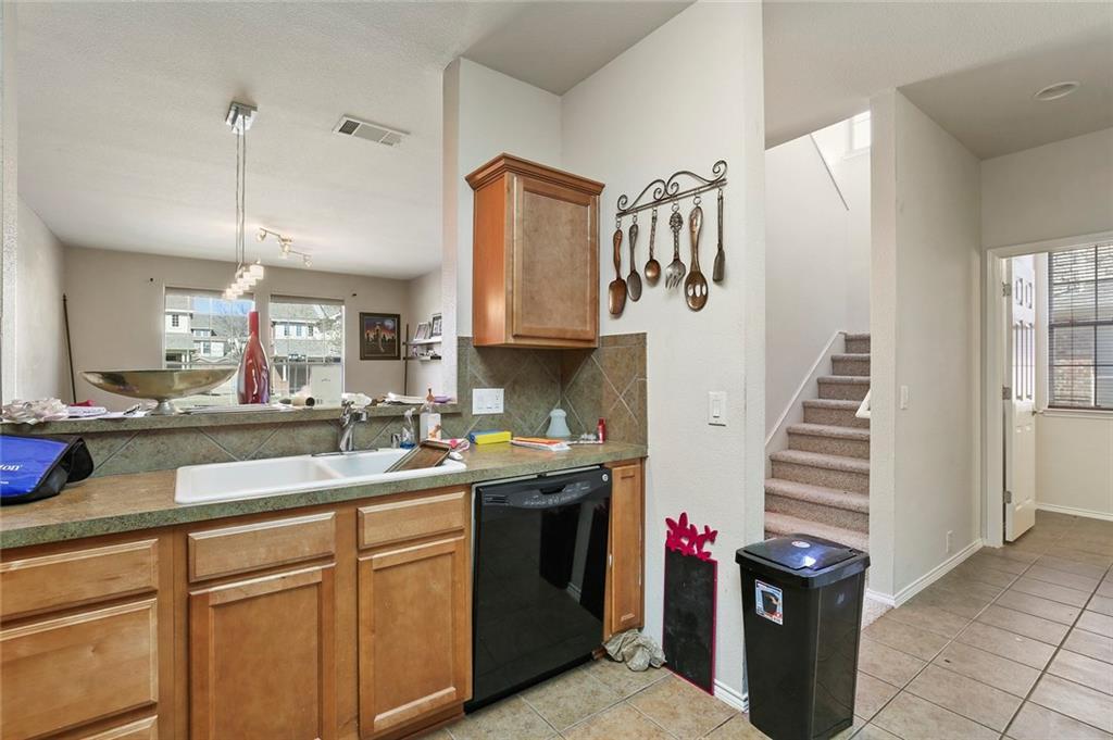 Housed Real Estate | 2218 Canterbury Park  Drive Grand Prairie, TX 75050 20