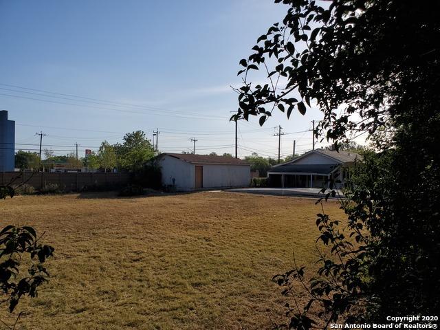 Active   6925 S Flores St San Antonio, TX 78221 33