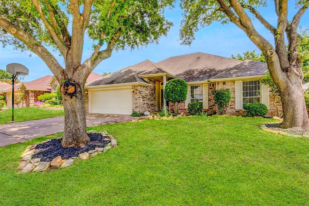 Pending | 5411 Flowerwood  Court Arlington, TX 76017 2