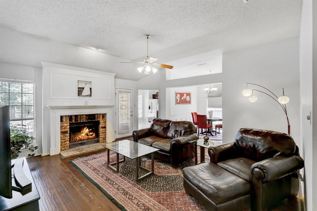 Pending | 5411 Flowerwood  Court Arlington, TX 76017 3