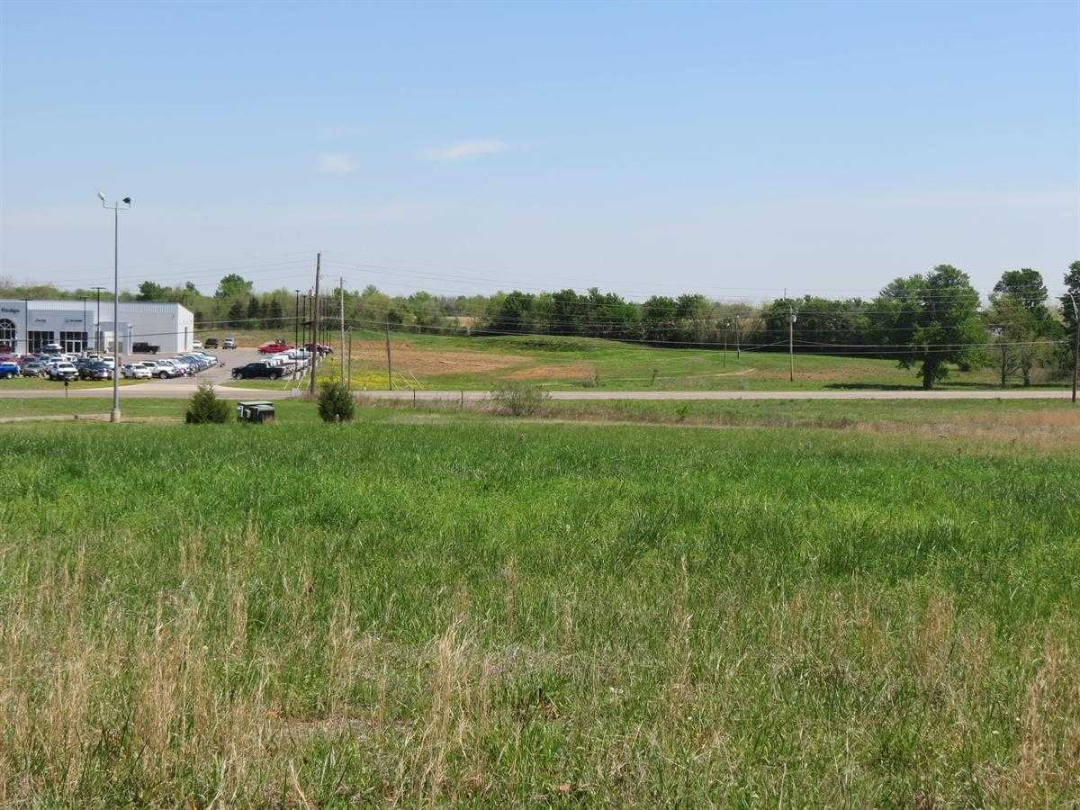 Active | 4.46 COMMERCIAL ACRES ON BUSY JACKSON ST HUGO, OK 74743 7