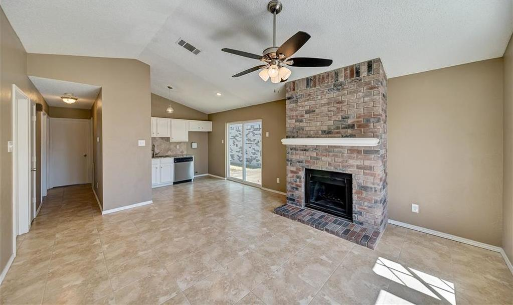 Sold Property   9916 Lone Eagle Drive Fort Worth, Texas 76108 2
