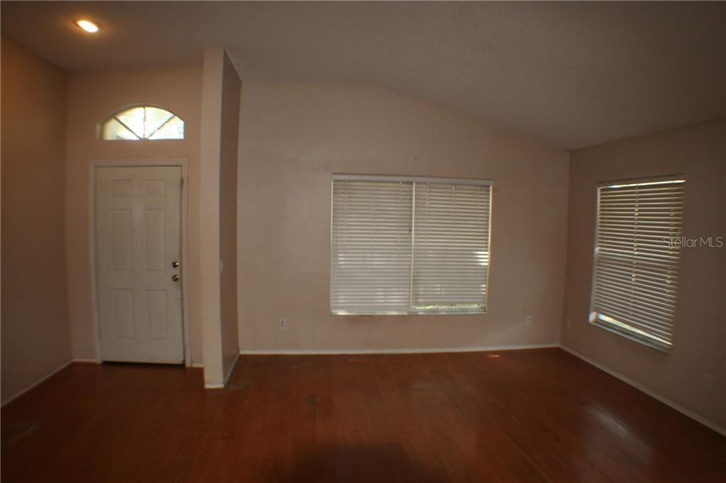 Sold Property | 419 VALENCIA PARK  DRIVE SEFFNER, FL 33584 5