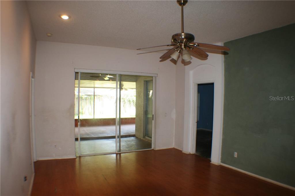 Sold Property | 419 VALENCIA PARK  DRIVE SEFFNER, FL 33584 6