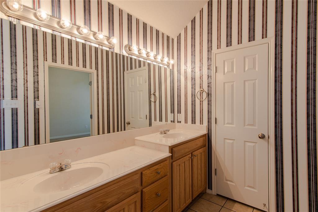 Sold Property | 6805 Cheatham  Drive Watauga, TX 76148 20