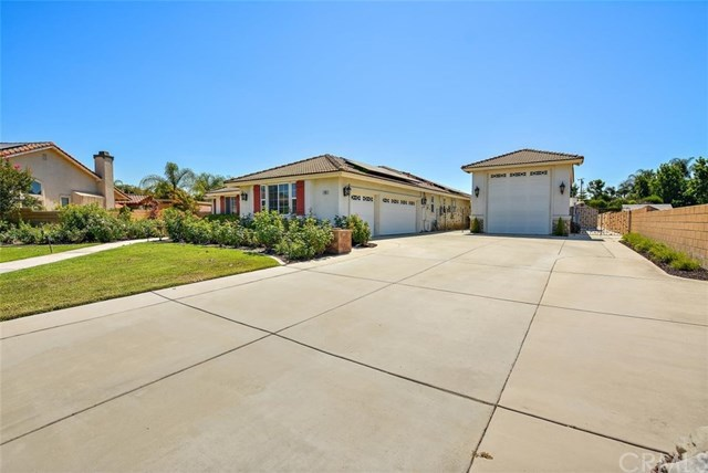 Closed | 11965 Loyola Way Chino, CA 91710 3