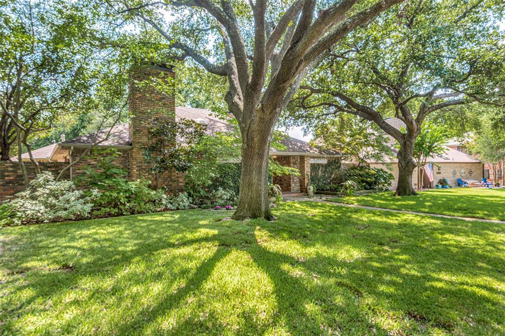 Sold Property | 9010 Fairglen  Drive Dallas, TX 75231 2